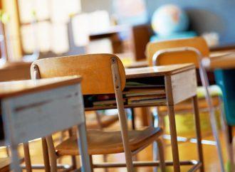 Aulas presenciais dos 11.º e 12.º anos de Alenquer e 2.º ano do ensino profissional voltam a 18 de maio