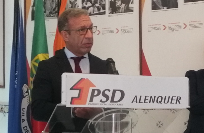 """""""As acusações são falsas"""", Duarte Pacheco nega falsificação de morada"""