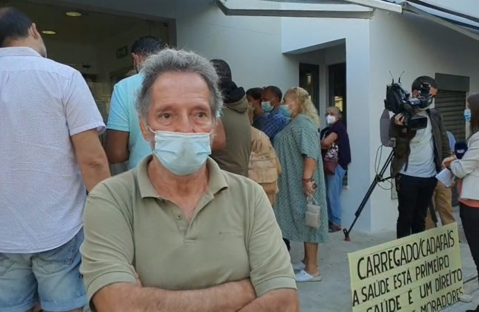 Moradores manifestam-se contra falta de médicos no Carregado
